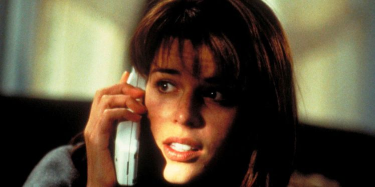 landscape-1484578155-neve-campbell-scream-movie