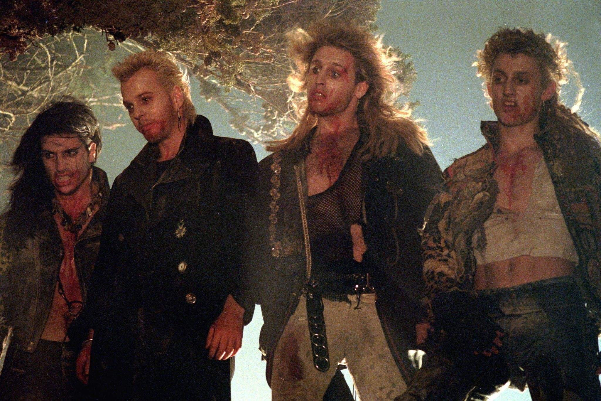 The lost boys: a vampire roller coaster! (English)