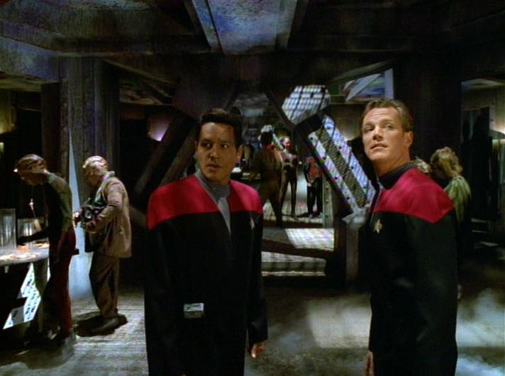 Star Trek: Voyager – S03E13, Fair Trade