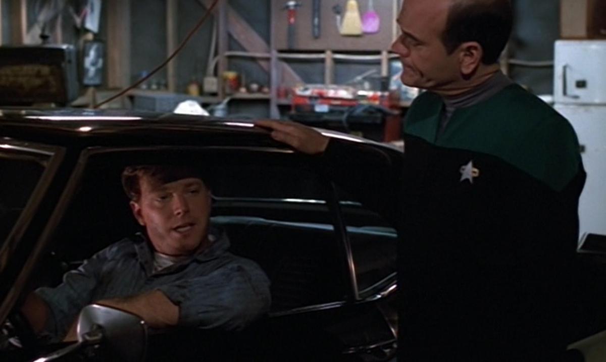 Star Trek: Voyager – S04E20, Faccia a faccia
