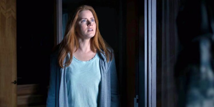 this-amy-adams-movie-about-an-alien-arrival-looks-like-the-sci-fi-thriller-of-the-year