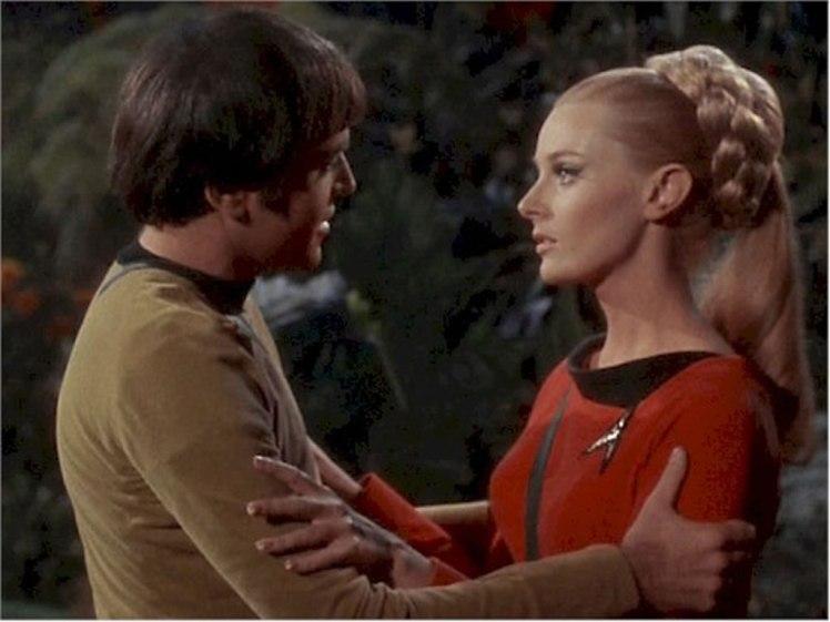 star-trek-babes-celeste-yarnell-as-lt-landon-in-the-apple