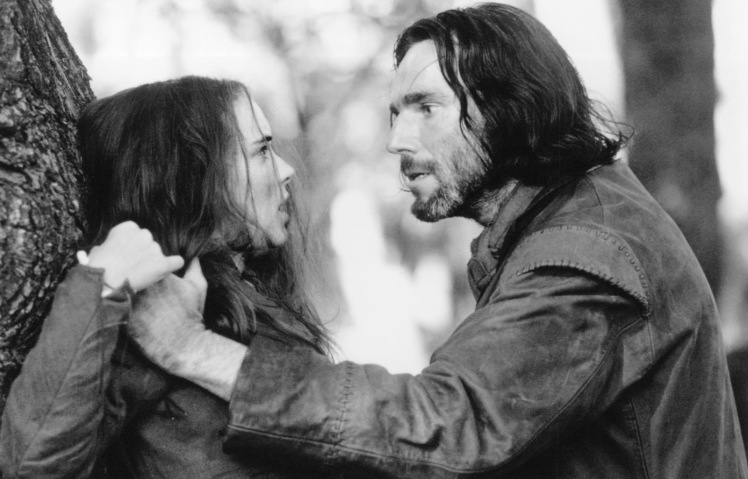still-of-winona-ryder-and-daniel-day-lewis-in-the-crucible-large-picture