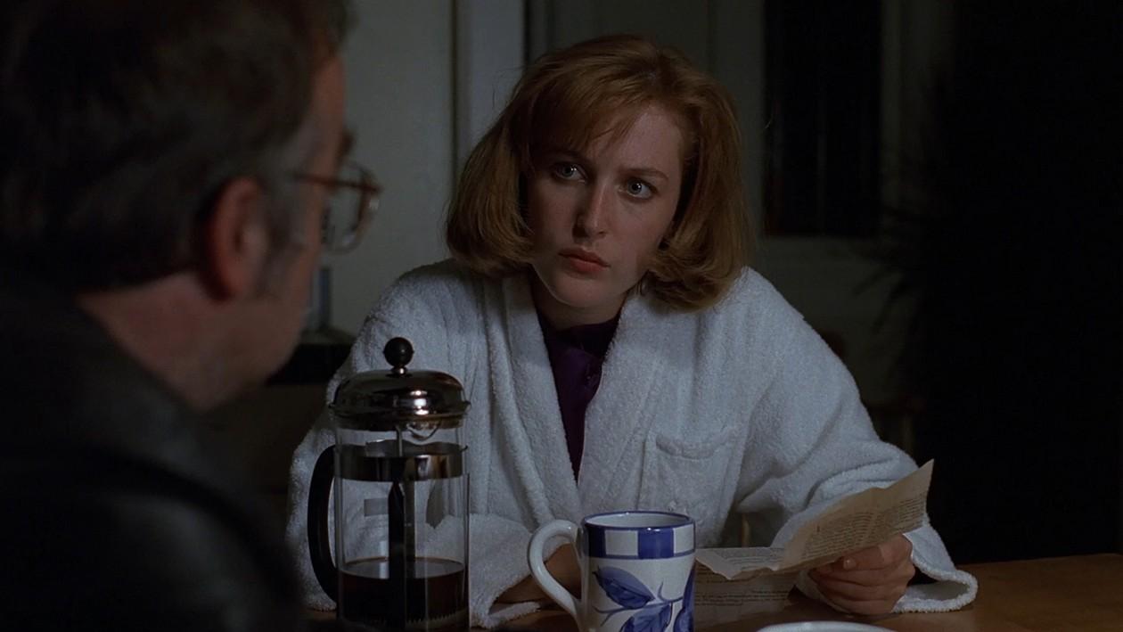 The X-Files – S03E01, Il rituale
